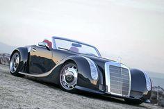 Gullwing 300 SLC zitiert Mercedes W188