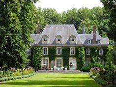 Vine-covered Chateau