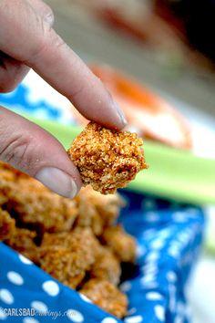 Baked Buffalo Popcorn Chicken with Creamy Honey Buffalo Dip | http://www.carlsbadcravings.com/baked-buffalo-popcorn-chicken-creamy-honey-buffalo-dip/