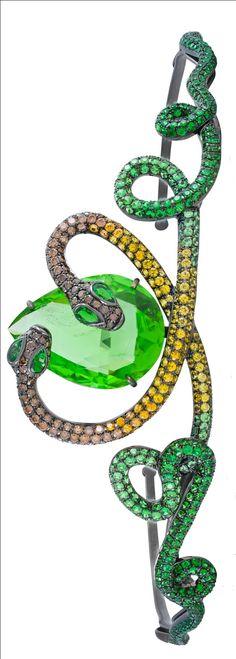 Lydia Courteille Queen of Sheba peridot tiara