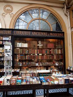 Vintage bookstore in Paris 1 by afiori [blog.afiori.com] on Flickr.