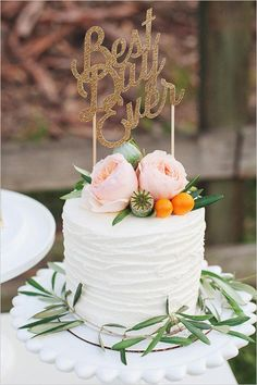Top the cake with a little typography. #etsyweddings #bestdayever