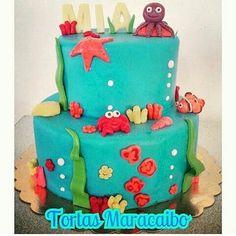 Hermosa torta de 1 kilo en dos niveles motivo : debajo del mar para reservar la tuya escribenos 0412-6426503 o 0424-6827455  #seacake #babyanimals #babycake #underwater #underwatercake #underseacake #deepseacake #debajodelmar #tortasmaracaibo #oceancake #crab #cangrejo #nemocake #nemo #pezpayaso #tortasvenezuela #fondantart #fondantcake #fondantcake #torta #cake #lake #cakecakecake #fishcake #babyfish