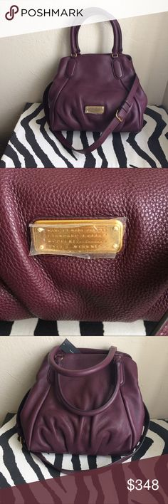 Marc Jacobs leather purse With dust bag, brand new, gorgeous burgundy color Marc Jacobs Bags Shoulder Bags