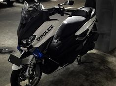 Yamaha Nmax, Xmax, Scooters, Big Boys, Motorcycle, Vehicles, House, Ideas, Motorcycles