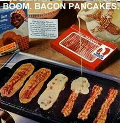 Bacon Pancakes like omg! Ok, I've done crumbled up bacon in my pancakes, eat strips alongside my bacon.but bacon dipped pancakes. Think Food, I Love Food, Good Food, Yummy Food, Fun Food, Awesome Food, Breakfast And Brunch, Best Breakfast, Breakfast Recipes