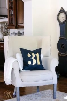 Classy Halloween Party Decoration - Home to Z Classy Halloween, Halloween Mantel, Halloween Pillows, Halloween Party Decor, Halloween Ideas, Interior Decorating, Interior Design, Family Room Design, Home Decor Fabric