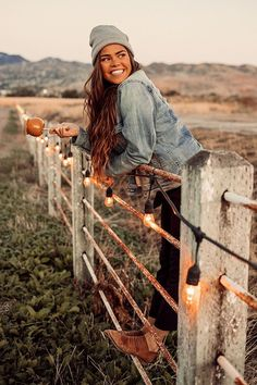 The sweetest autumn. The sweetest autumn. Cute Poses For Pictures, Fall Pictures, Fall Photos, Picture Poses, Photo Poses, Fall Pics, Photo Shoot, Picture Ideas, Photo Ideas