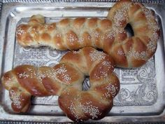 Shlissel Challah (Yiddish for key) for the Shabbos after Pesach. These Challos are best known as a segula for parnasa and livelihood...