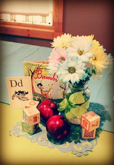 Great vintage schoolhouse baby shower centerpiece #centerpiece #babyshower