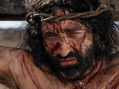 Free Bible images: Free Bible images of Jesus being flogged, carrying the cross and being taken out of the city to be crucified.