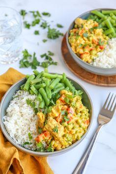 Vegan kip kerrie - klaar in 25 minuten! Healthy Meals For Two, Good Healthy Recipes, Veggie Recipes, Fish Recipes, Recipies, Vegan Dinner Recipes, Vegetarian Recipes, Vegan Diner, Diner Recipes