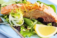 Seared Salmon With Hemp Seeds, Radish Sprout and Watercress Salad: Boost your mood with this delicious entrée. Salmon, hemp and radishes are all rich sources of a critical nutrient. Leaky Gut Diet, Crockpot Recipes, Healthy Recipes, Cooker Recipes, Salmon And Rice, Lemon Salmon, Salmon Seasoning, Teriyaki Salmon, Watercress Salad