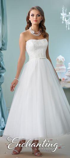Beautiful informal and Destination wedding dresses - Belle The Magazine