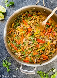 One Pot Thai Peanut Veggie Pasta is whole wheat spaghetti and plenty of veggies in a flavorful Thai peanut sauce. It's a delicious meatless meal that's on the table in 30 minutes! @FlavortheMoments