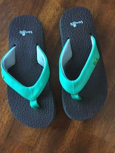 a672524db2e6ec sanuk 9 Aqua Flip Flops Kids Size Youth 13-1 PERFECT Condition  fashion   clothing  shoes  accessories  kidsclothingshoesaccs  girlsshoes (ebay link)