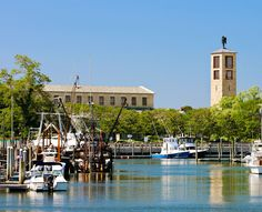 Art-filled Church at Rock Harbor: Docent-led tours