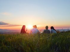 Soak up picturesque views, mess about by the river or relax in beautiful parkland, with SoGlos's handpicked selection of the best picnic spots in Gloucestershire.