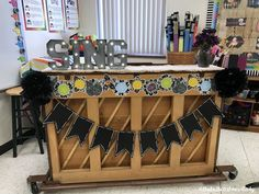 10 Great Examples of Music Classroom Decor