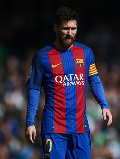 Lionel Messi of FC Barcelona looks on during La Liga match between Real Betis Balompie and FC Barcelona at Benito Villamarin Stadium on January 29, 2017 in Seville, Spain.