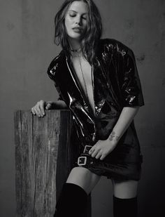 Catherine McNeil by Jean-Baptiste Mondino for Numéro Magazine, February 2017 - Editorials Fashion Trends #RaincoatsForWomenChic