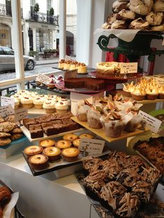 New goal in life: 25 bakeries around the world you have to see before you d Bakery Shop Design, Coffee Shop Design, Super Healthy Recipes, Healthy Foods To Eat, Cafeteria Menu, Bakery Interior, Cake Stall, Bread Shop, Bakery Display