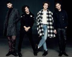 """I Like It When You Sleep..."" do The 1975 é eleito o álbum do ano pelo NME #Bad, #Banda, #David, #DavidBowie, #Disco, #Foto, #Gaga, #Iggy, #Lady, #LadyGaga, #Nick, #Noticias, #Pop, #Rihanna http://popzone.tv/2016/11/i-like-it-when-you-sleep-do-the-1975-e-eleito-o-album-do-ano-pelo-nme.html"