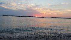 #Fano #marche #pu #alba #sunrise #buongiornomondo #GM #goodmorning #summertime #summer #nofilter #nofilterneeded #seaside #landscape #skyline #nature #natgeo #naturalbeauty #pickoftheday #bestmoment Natural Beauty from BEAUT.E