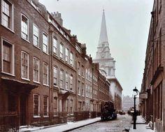 1909 Fournier St