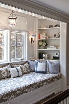 A Touch of Southern Grace : Bay Windows