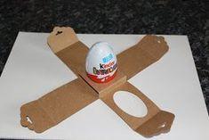 """Ü - Eier kann man das ganze Jahr verschenken, aber nur zu Ostern hängen sie an meinem Strauch... Wollt ihr das kleine"""" Zuhause der E..."""
