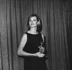 jessica lange at the 1977 golden globes. Wow the year I was born! !!