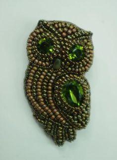 Owl brooch by savishka @ biser.info