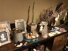お気に入りのhandmadeと雑貨達に囲まれた部屋 My Room, Table Settings, Table Decorations, Photo And Video, Instagram, Home Decor, Decoration Home, Room Decor, Place Settings