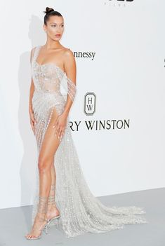 See the best and most glittery celeb gowns from the amfAR Gala 2017 in Cannes, which hosted Bella Hadid, Nicki Minaj, and more. Elegant Dresses, Pretty Dresses, Formal Dresses, Gala Dresses, Wedding Dresses, Club Dresses, Beautiful Gowns, Stunning Dresses, Dream Dress