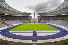 Olympiastadion « Bartosz Kutniowski Fotografia Architektury #berlin #archtecturephotography #fotografiaarchitektury #architecture #photography