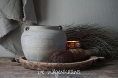 Sober, Vase, Home Decor, Interior Design, Vases, Home Interior Design, Home Decoration, Decoration Home, Interior Decorating