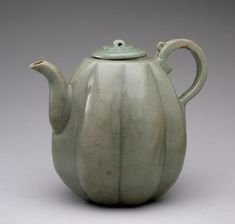 Teapot in the Form of a Melon Artist/maker unknown, Korean Goryeo Dynasty (918-1392) 12th century