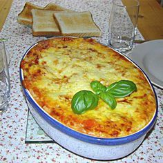 World's best lasagna from Stefanieee. A Thermomix ® recipe from the main meat with meat category www.de, the Thermomix® Community. Lasagna Recipe Without Ricotta, Easy Lasagna Recipe, Lasagna Recipes, Lasagna Food, Worlds Best Lasagna, Warm Food, Pasta Carbonara, Thumbnail Image, Diy Food