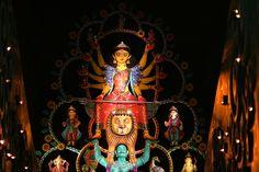 En güzel dekorasyon paylaşımları için Kadinika.com #kadinika #dekorasyon #decoration #woman #women Durga Puja....... When Kolkata Transforms into An Art Gallery