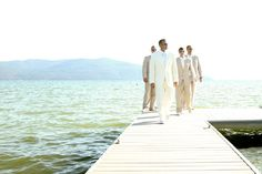 A Handmade Tropical Paradise (in Idaho!) | Etsy Weddings Blog