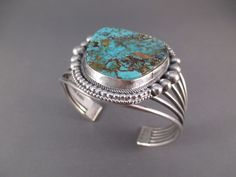 BR3449-Sterling-Silver-and-Royston-Turquoise-Cuff-Bracelet-by-Native-American-Navajo-Indian-jewelry-artist-John-Begay-photo-3.jpg (1600×1200)