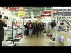 "Flashmob in the shop - the war song of the Great Partiotic War ""Smuglianka"""