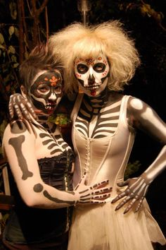 kinda like the boney chest and arms. prolly more trouble than it's worth. Halloween Circus, Halloween Costumes, Skeleton Costumes, Halloween Ideas, Grim Reaper Costume, Day Of The Dead, Halloween Face Makeup, Culture, Chic