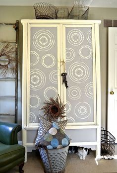 The outside is Paris Grey with Old White accents and stenciling. Soft and neutral.