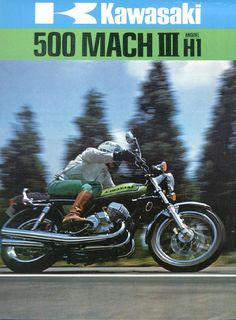 "Kawasaki 500 Mach III These machines needed a damper to help prevent high speed ""wobble"" (shown between the gas tank and forks) Kawasaki 500, Kawasaki Motorcycles, Vintage Motorcycles, Cars And Motorcycles, Classic Motors, Classic Bikes, Kawasaki Classic, Cafe Racer Moto, Motorcycle Museum"