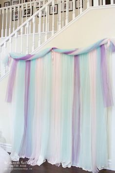 Frozen DIY Photo Backdrop & Table Decor | So Much Better With Age