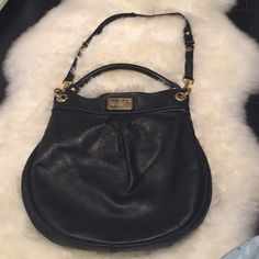 Marc by Marc Jacobs Classic Q Hillier Hobo Selling a Marc by Marc Jacobs classic Q Hillier hobo bag in large. Beautiful leather and in good condition. No tears. Serious inquires only please. Marc by Marc Jacobs Bags Hobos