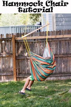 Sewing Top Sewing tutorial: Canvas fabric hammock chair - This hammock chair is the perfect place to spend a lazy summer afternoon! Emily from Life Sew Savory shows how you can make one yourself! Use a canvas or outdoor fabric to make this fun summer s… Diy Hammock, Outdoor Hammock, Hammock Chair, Diy Chair, Chair Swing, Hammock Swing, Easy Sewing Projects, Sewing Tutorials, Sewing Ideas