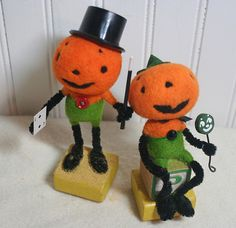 Pumpkin guys by Heide Murray. Needle felted.